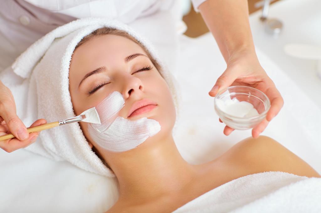 <dermatrophine, trattamenti viso specializzati estetica>