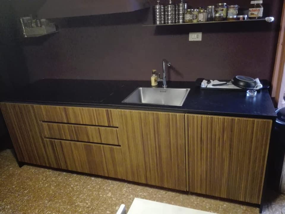Cucine realizzate in legno Falegnameria Moderna