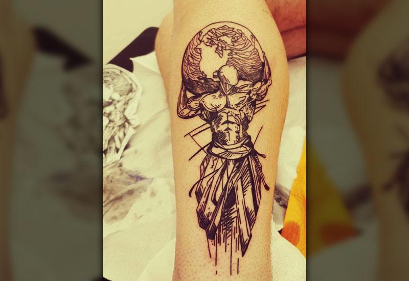 tatuatore giapponese