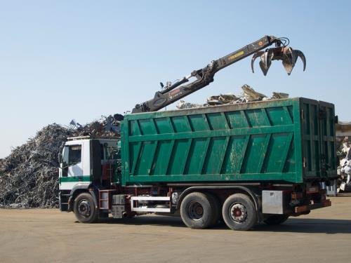 attrezzature gestione rifiuti