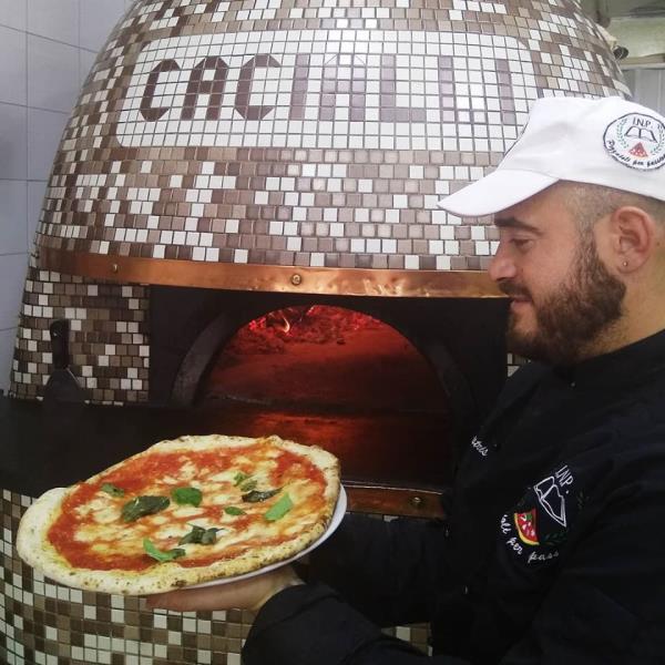 pizzeria storica napoli