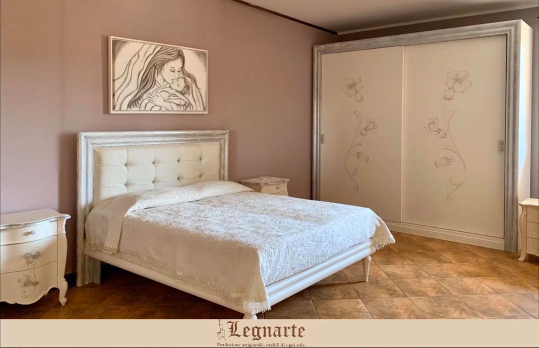 Arredamento in legno camera da letto