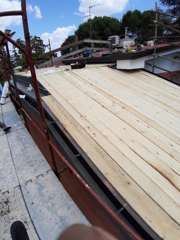 Coibentazione tetti e comignoli