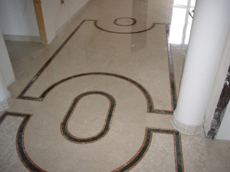 Pavimento con disegni lavorazioni e realizzazioni in marmo Manduria Taranto Emme Marmi Srl