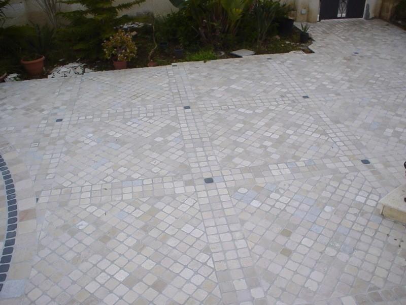 Esterno in porfido e marmo lavorazioni e realizzazioni in marmo Manduria Taranto Emme Marmi Srl