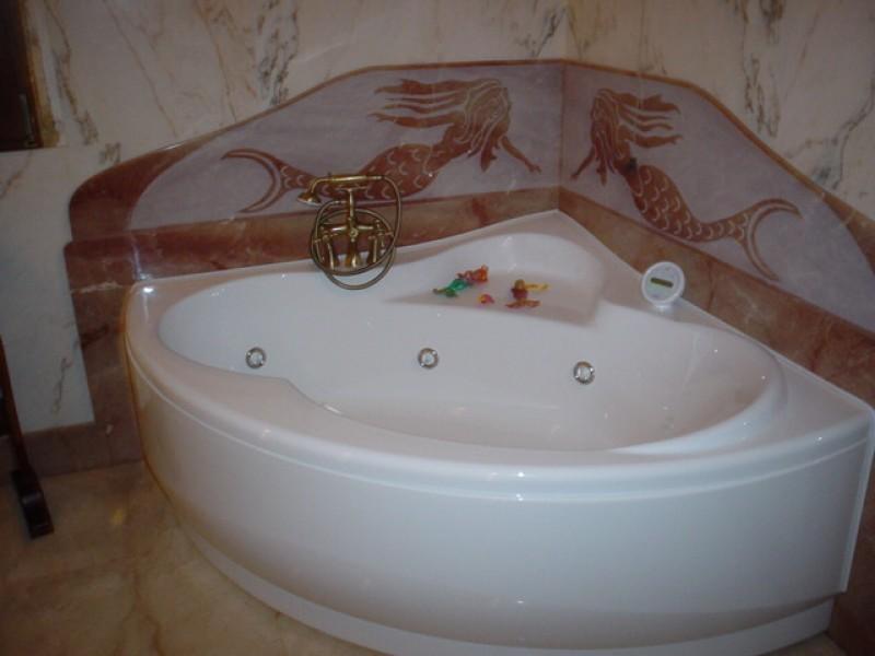 Vasca da bagno lavorazioni e realizzazioni in marmo Manduria Taranto Emme Marmi Srl