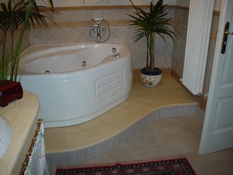 Vasca lavorazioni e realizzazioni in marmo Manduria Taranto Emme Marmi Srl