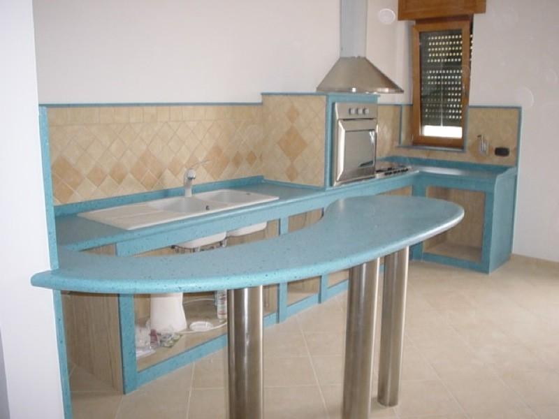 Penisola cucina marmo lavorazioni e realizzazioni in marmo Manduria Taranto Emme Marmi Srl