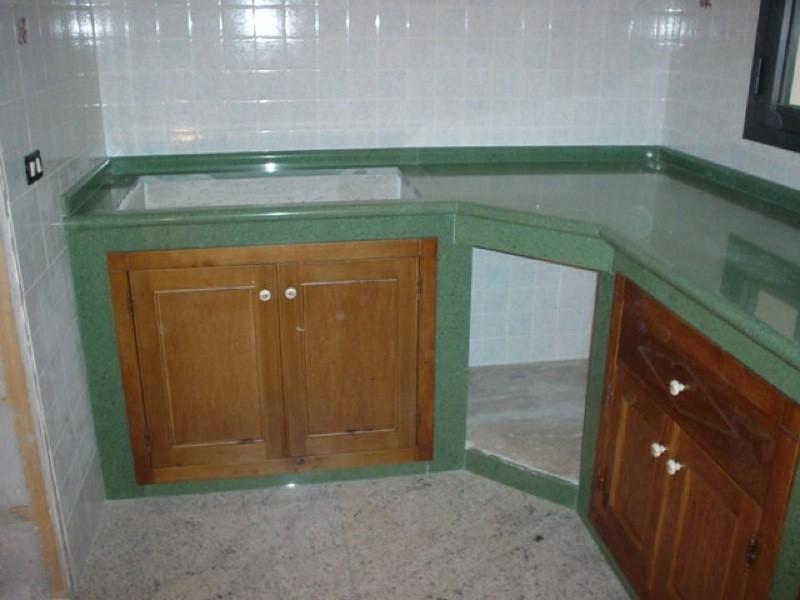 Cucina legno e marmo lavorazioni e realizzazioni in marmo Manduria Taranto Emme Marmi Srl