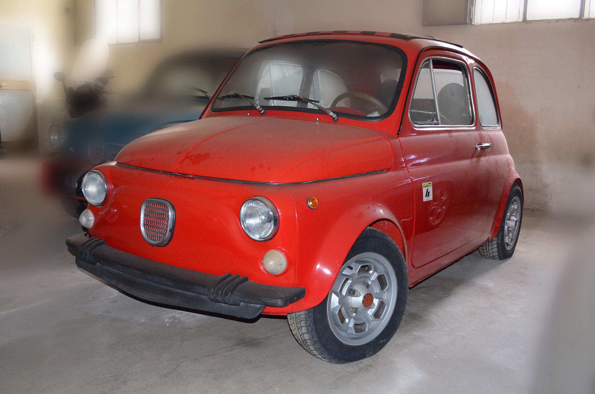 Cinquecento rossa auto d