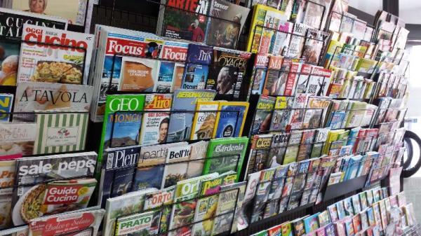Magazine Capezzano Pianore (Lucca, Versilia) - Cartoleria L'Articolo