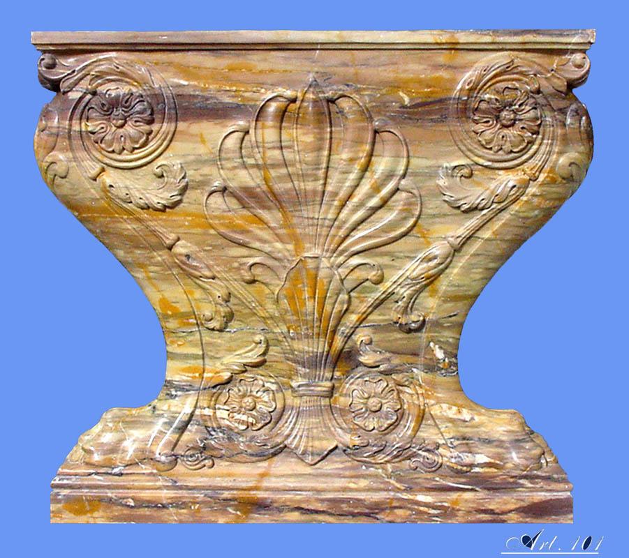 Capitello intarsiato Opere architettura marmo Pietrasanta Lucca