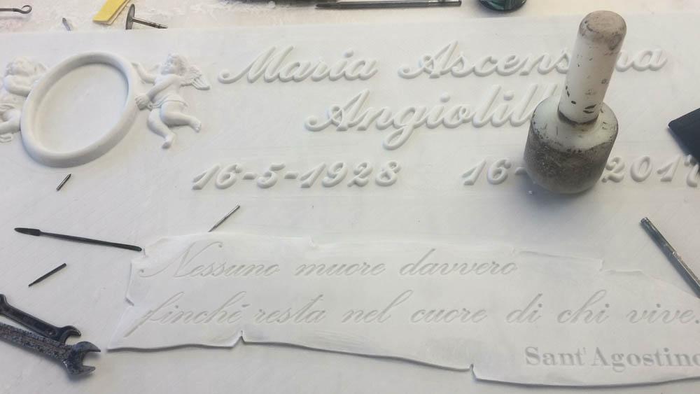 Arte funeraria marmorea Pietrasanta Lucca Pera Luciano