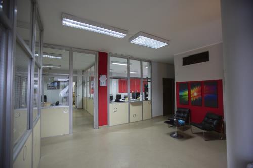 magazzino per stoccaggio merci custodito Torino