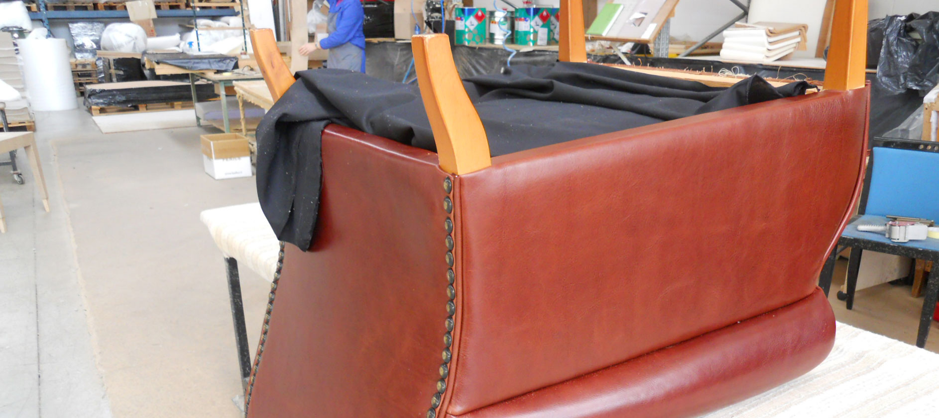 Laboratorio di tappezzeria Canapè Forniture