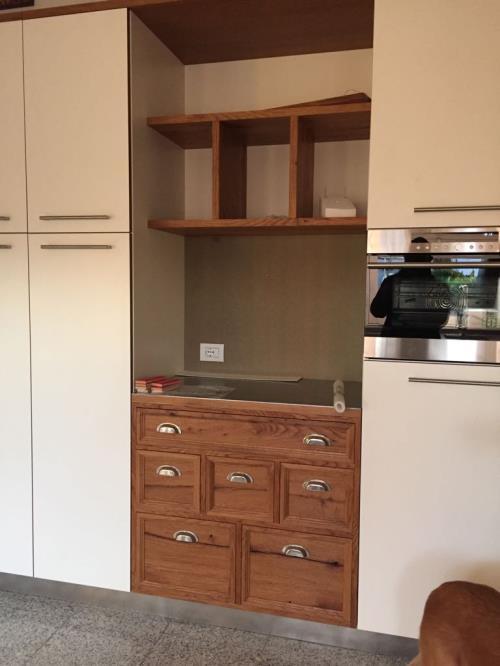 mobile cucina su misura in legno, falegname brescia