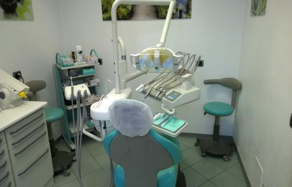 Dentista San Giovanni Bianco (Bergamo) - Dental Center 27