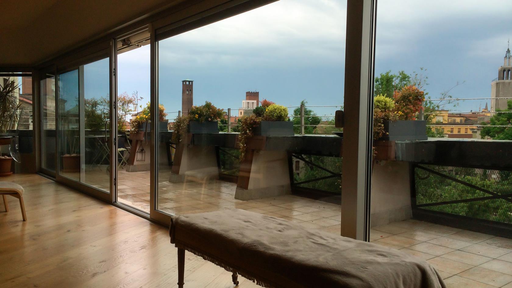 Produzione di verande in vetro