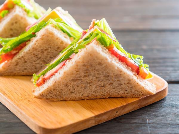 Preparazione panini per feste e  gubbio
