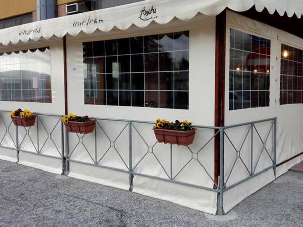 Bar con posti a sedere a Gubbio