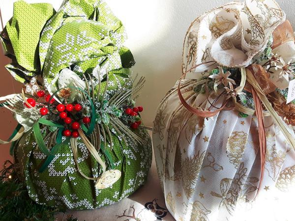Vendita panettoni natalizi a Gubbio