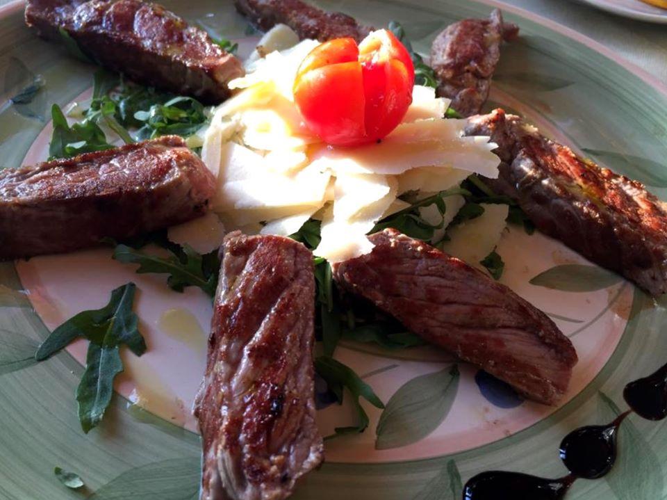 ristorante carne la taverna degli etruschi