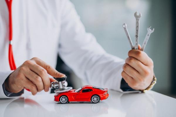 Verniciatura   Riparazione danni da grandine   Auto sostitutive   Pordenone