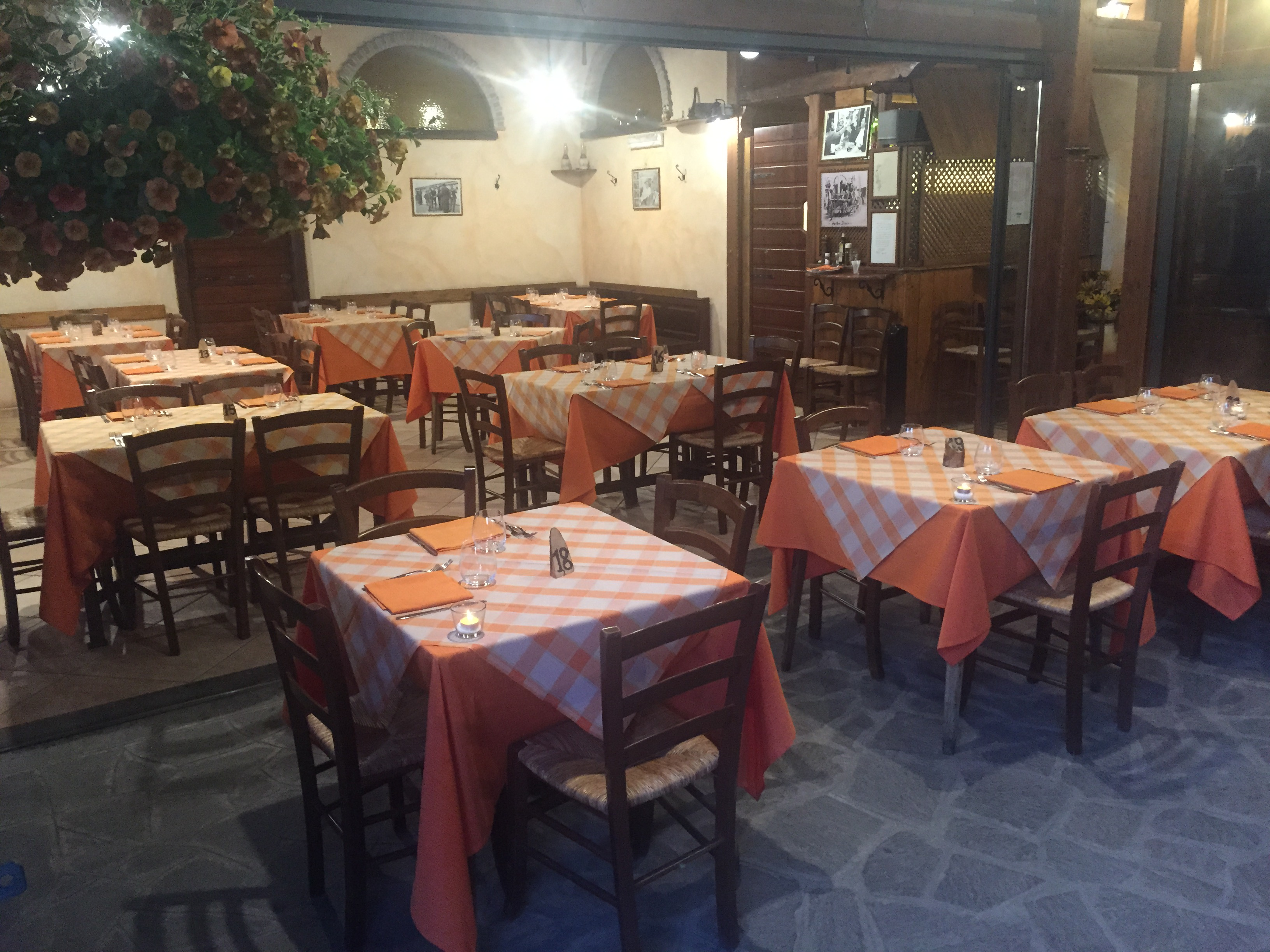 Ristorante tipico romano Marino Cantina Galassini