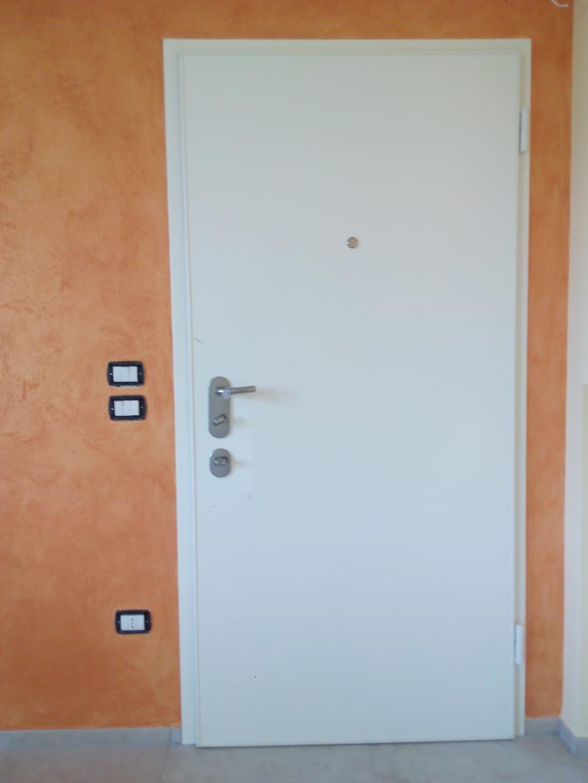 porta bianca interna