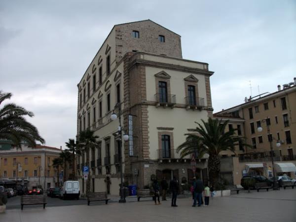 palazzo farnese vista sul mare Ristorante Miramare Ortona