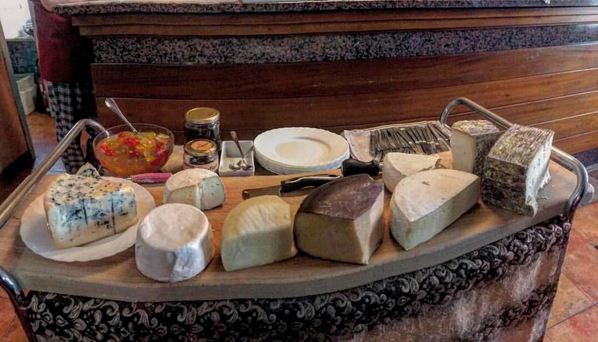 mangiare formaggi a cremona