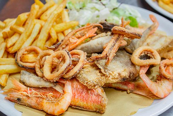 mangiare frittura pesce fresco ad alghero