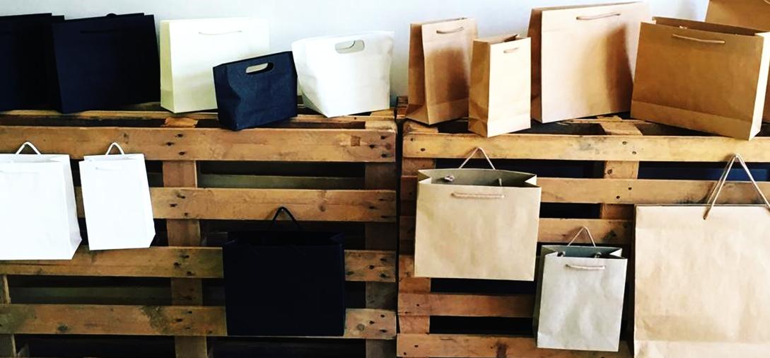 Sacchetti di carta di vari formati sacchettificio ed etichettificio Fraccalvieri Vincenzo