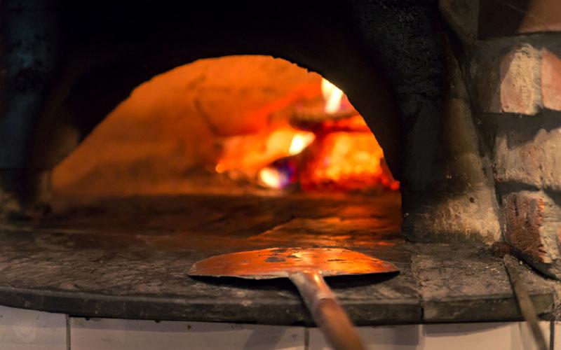 forno a legna pizze