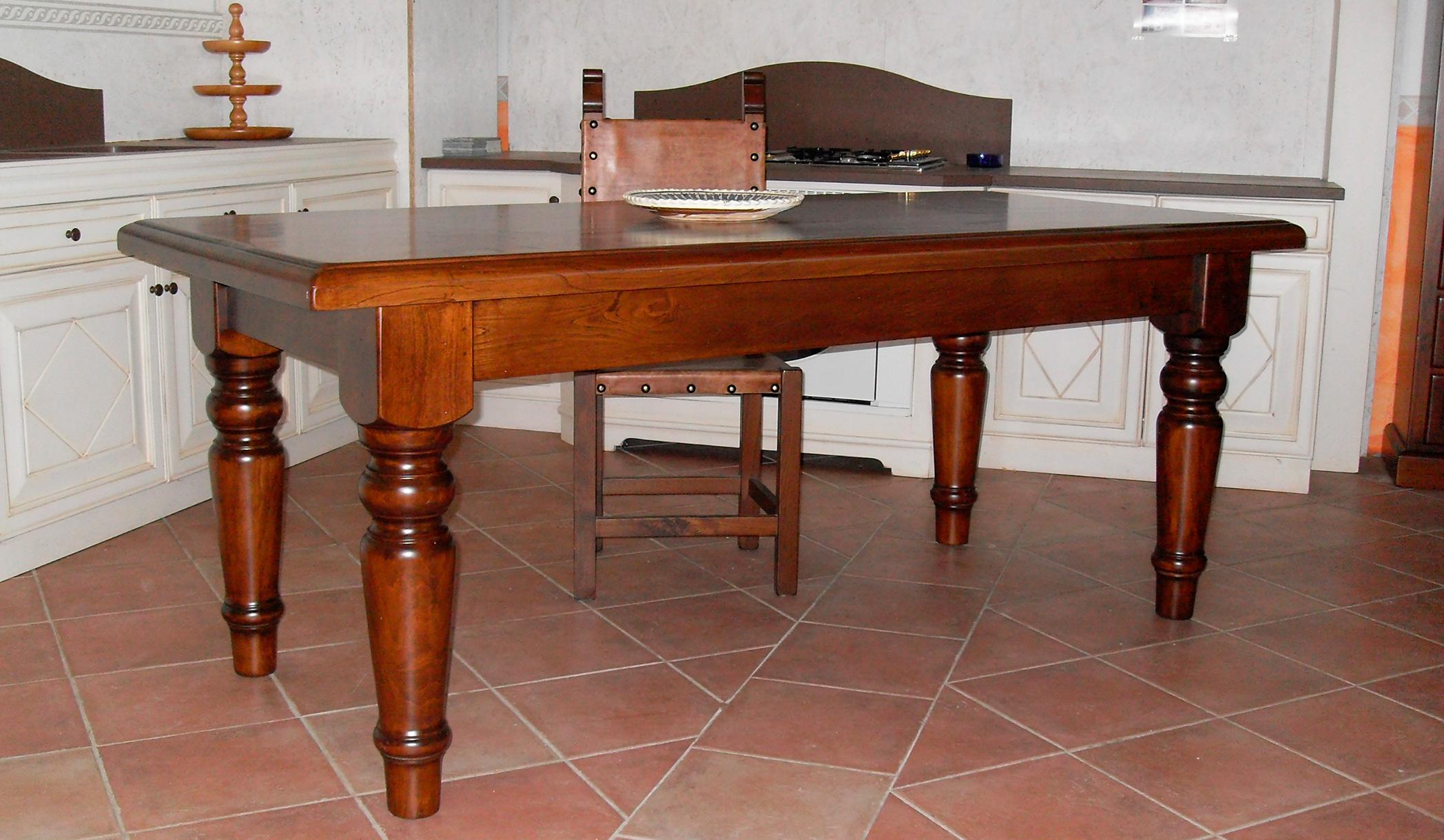 produzione mobili il legno massello a perugia