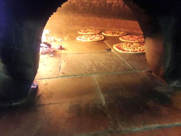 pizzeria con forno a legna pizzo vibo valentia