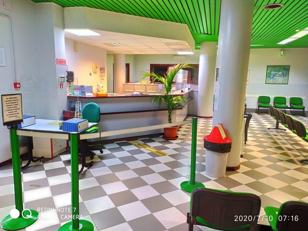 centro cros fisioterapia sala d'attesa