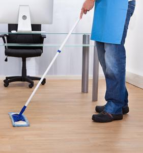 Pulizia e manutenzione di pavimentazioni