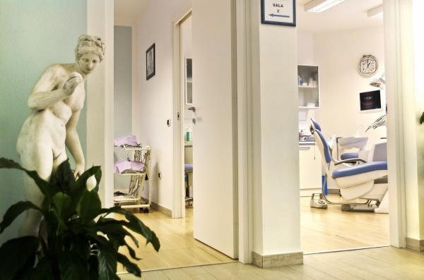Centro Medici Dentisti  Mogoro (OR)