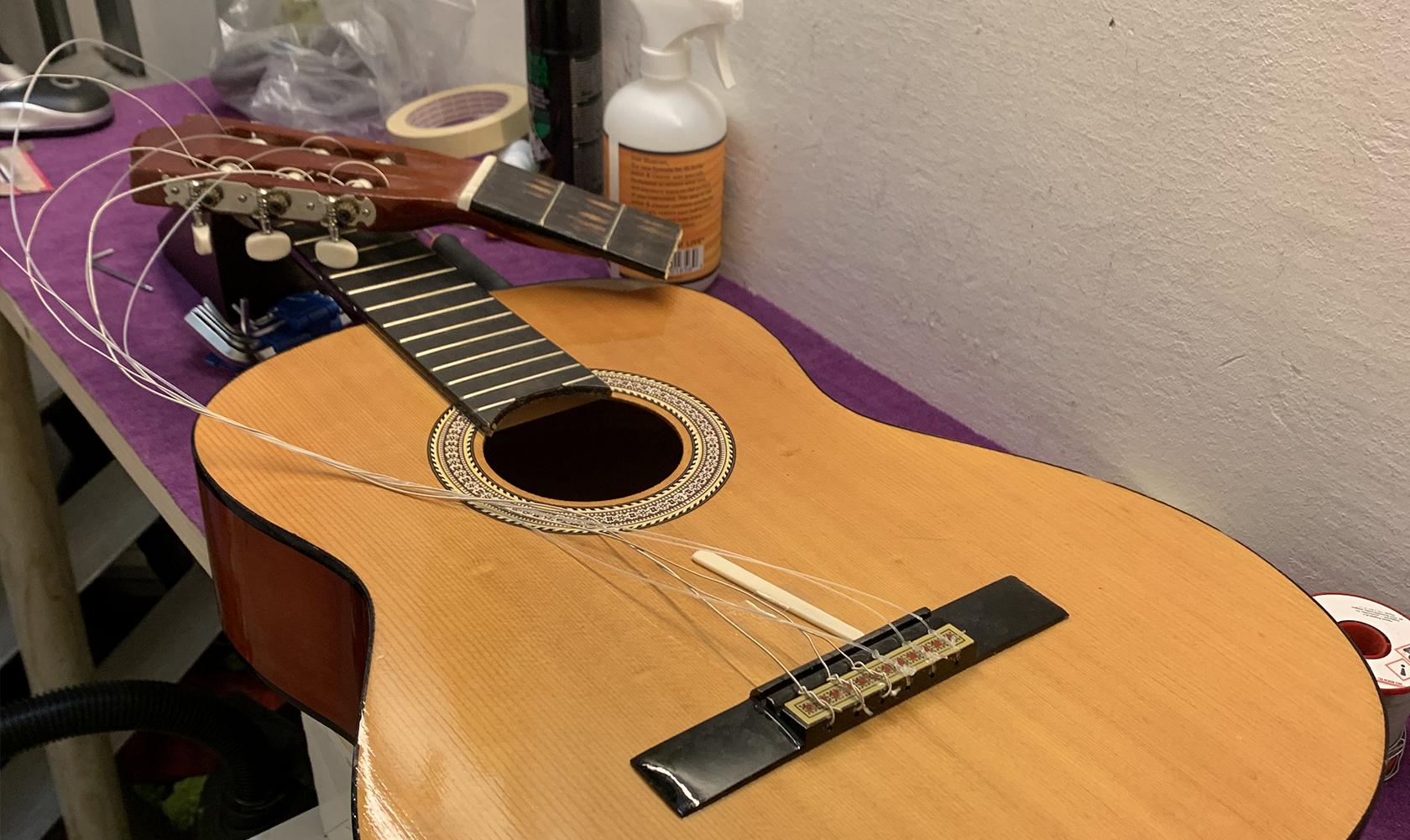 Assetto chitarre
