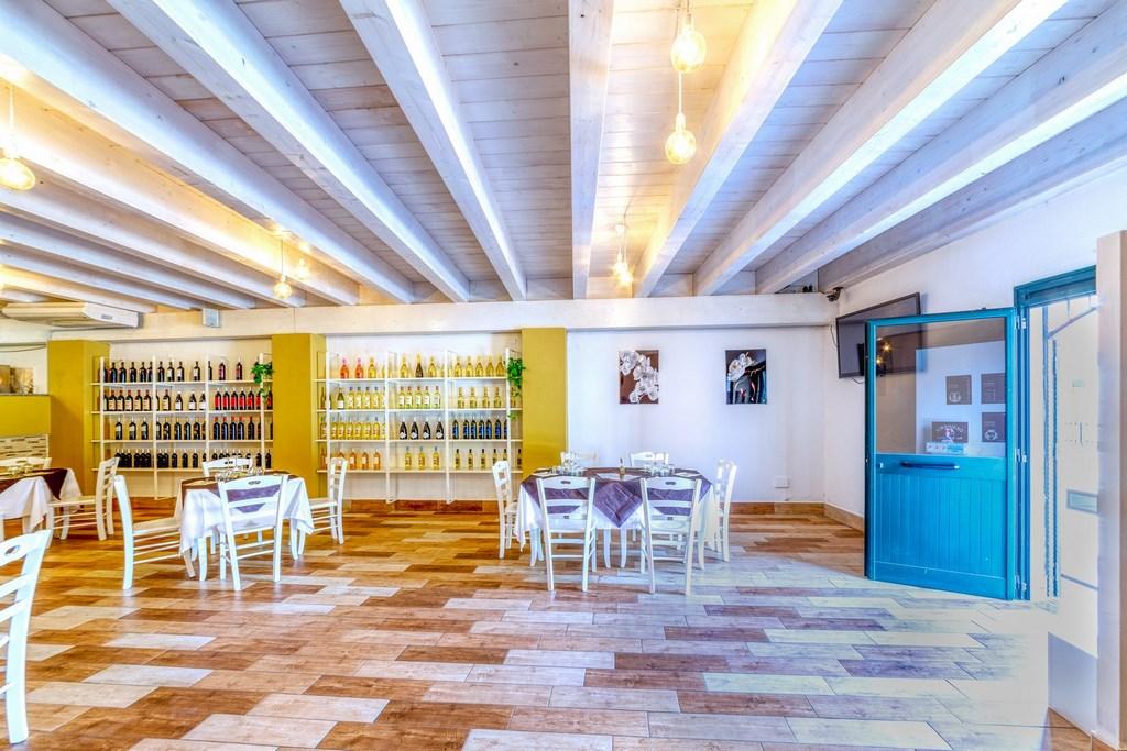 Sala Desidera Music Bar Ristorante Olmedo