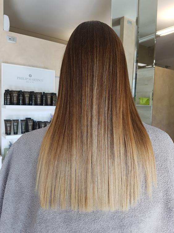 tinta e taglio capelli donna mirano