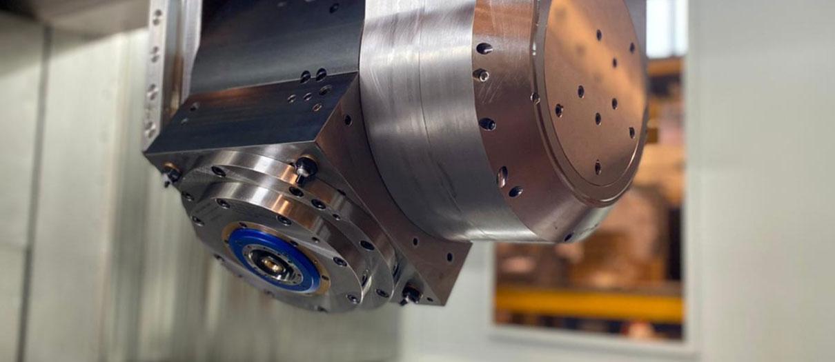 5-axis machine Tilting head