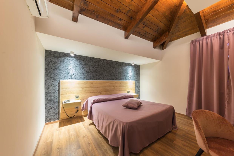 Camera albergo bella