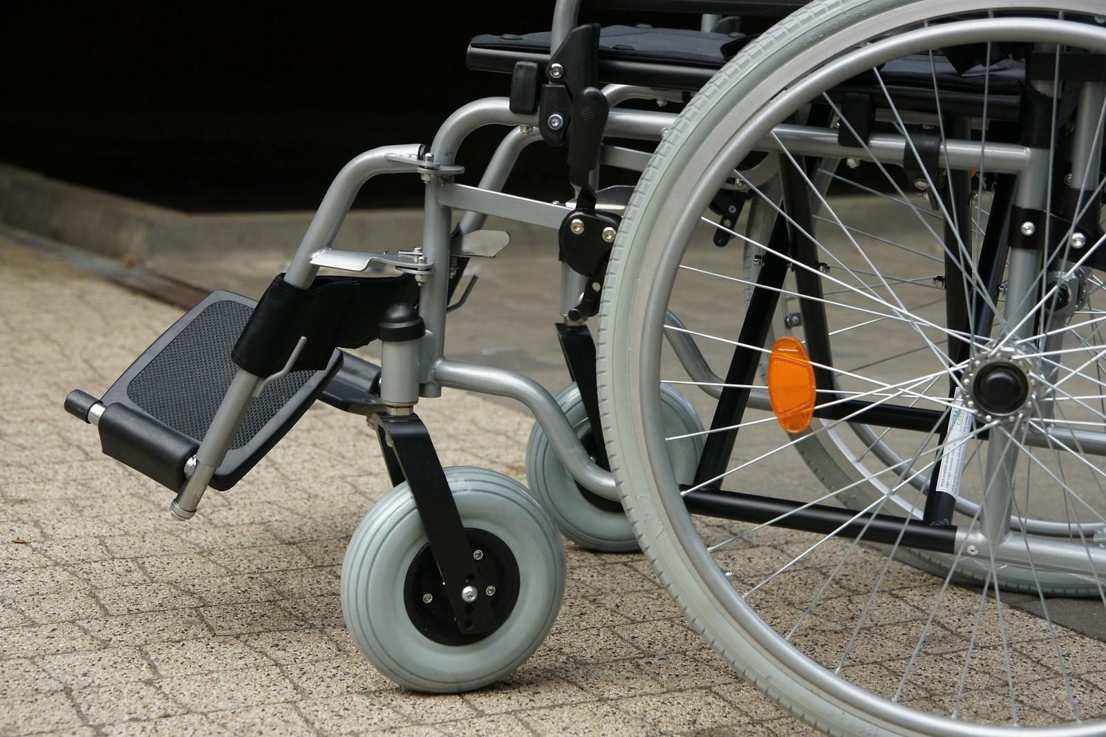 Ausili per persone con disabilità carbonara