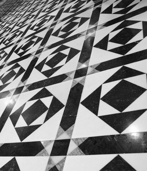 realizzazione pavimenti in marmo bergamo