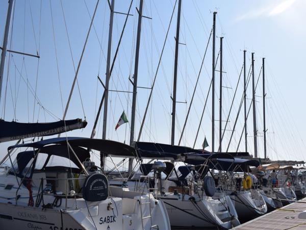 imbarcazioni vela vacanza