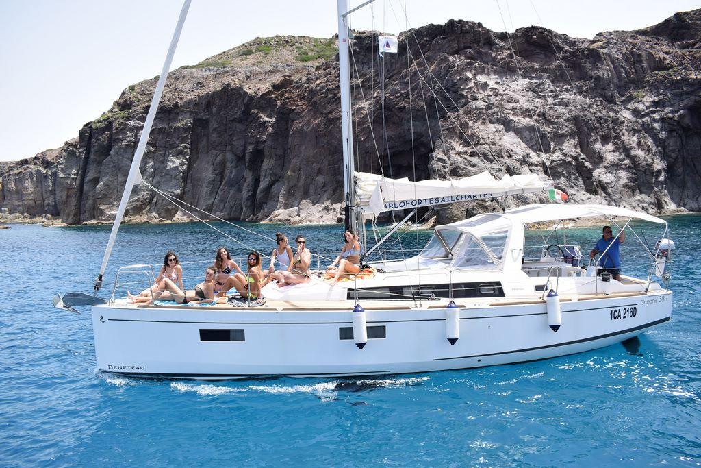 imbarcazioni  a vela  in Sardegna