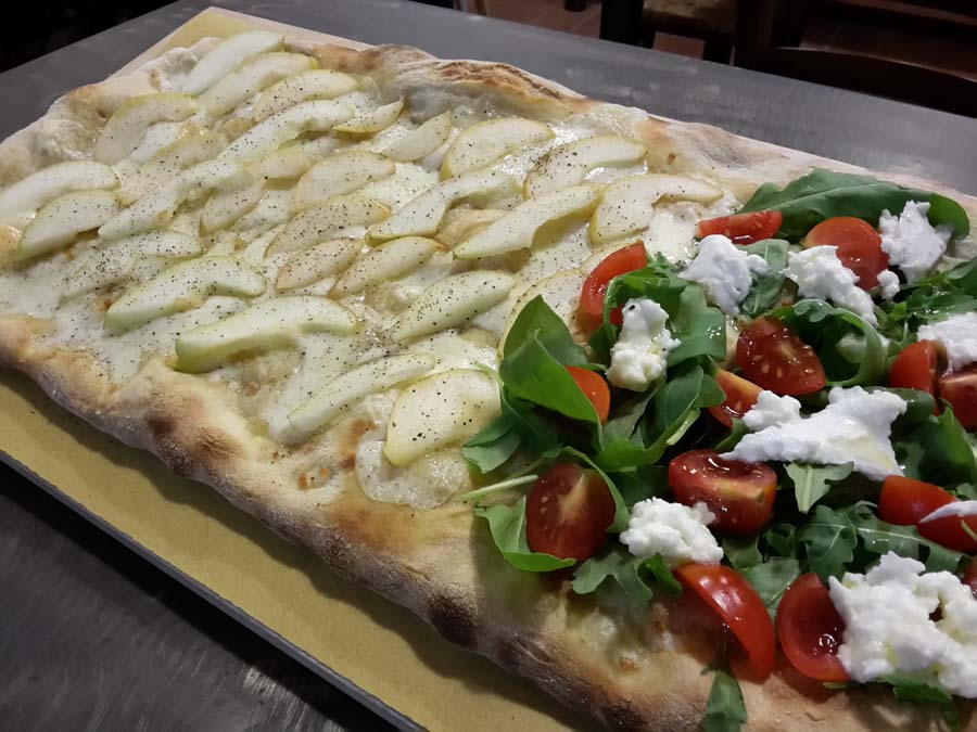 pizza bianca farcita