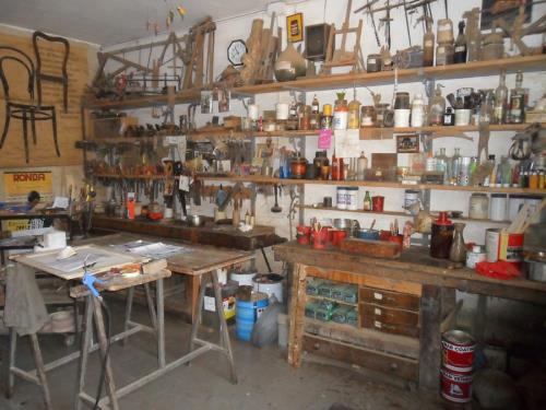 Ricostruzione mobili in legno